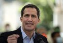 Denuncian que gobierno de Venezuela habría prohibido acceso a 6 eurodiputados invitados por Guaidó.